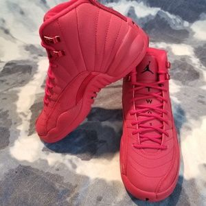 Jordan 12 Retro Gym Red 2018 sz 6.5w